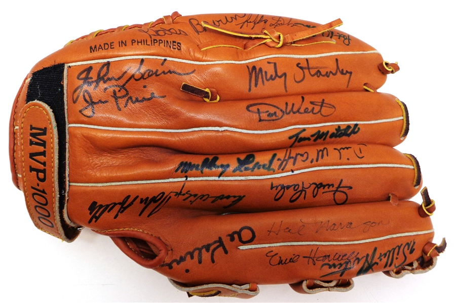 1968 Detroit Tigers Team Signed Glove - 18 autographs
