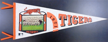 Detroit Tigers 1971 Team Photo Pennant