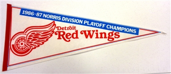 Red Wings 1986/87 Norris Champs Pennant